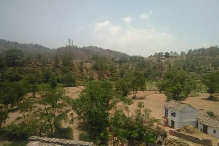 ADHIKARI COTTAGE (Simal Gaon , near Dwarahat)