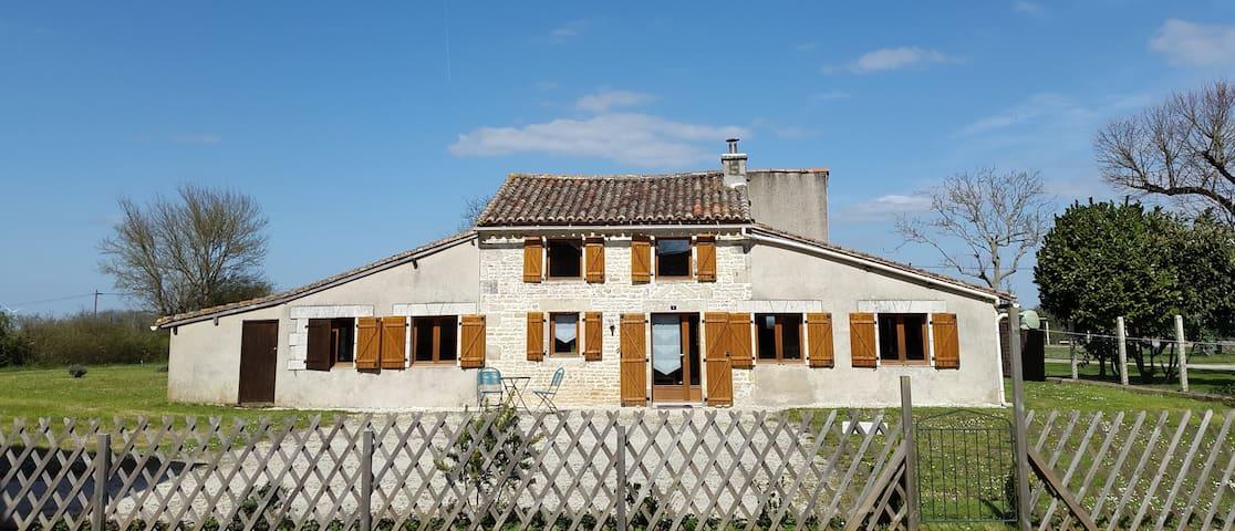 Bienvenue à la Charente! - Villefagnan - Hus