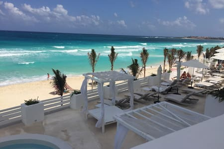 Beautiful loft at Cancun's beach - カンクン - ロフト