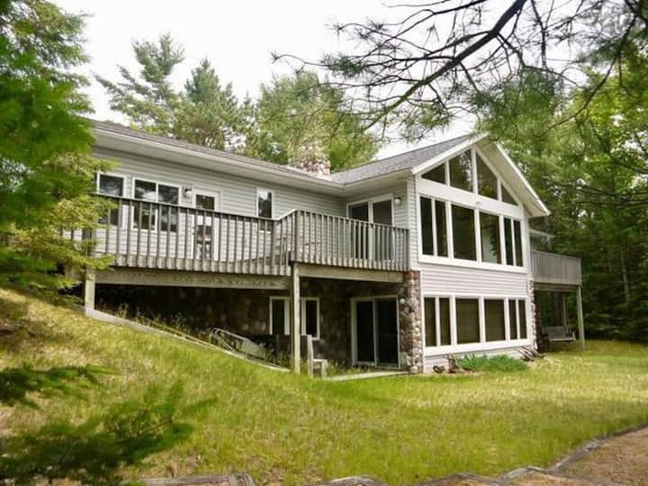 WhiteWoods Cove - Hiller Vacation Homes
