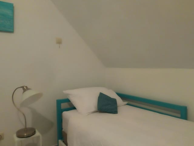Comfortable room + little breakfast, near Bruges!