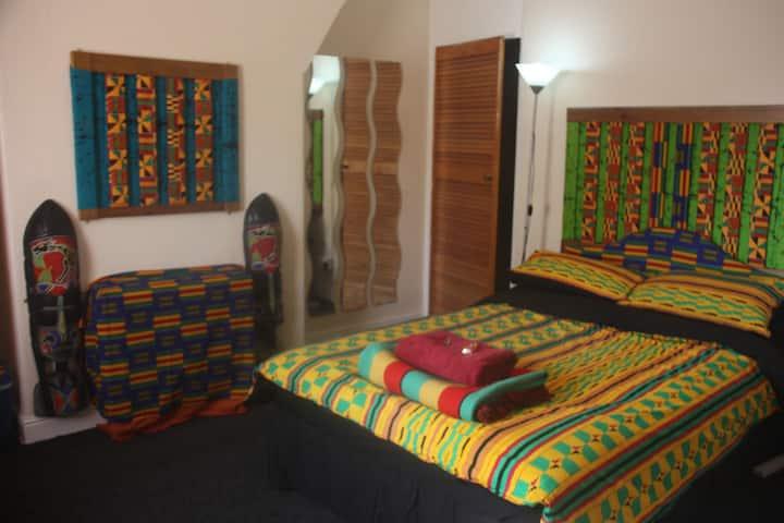 Guest is God in cozy double nr Bradford Uni