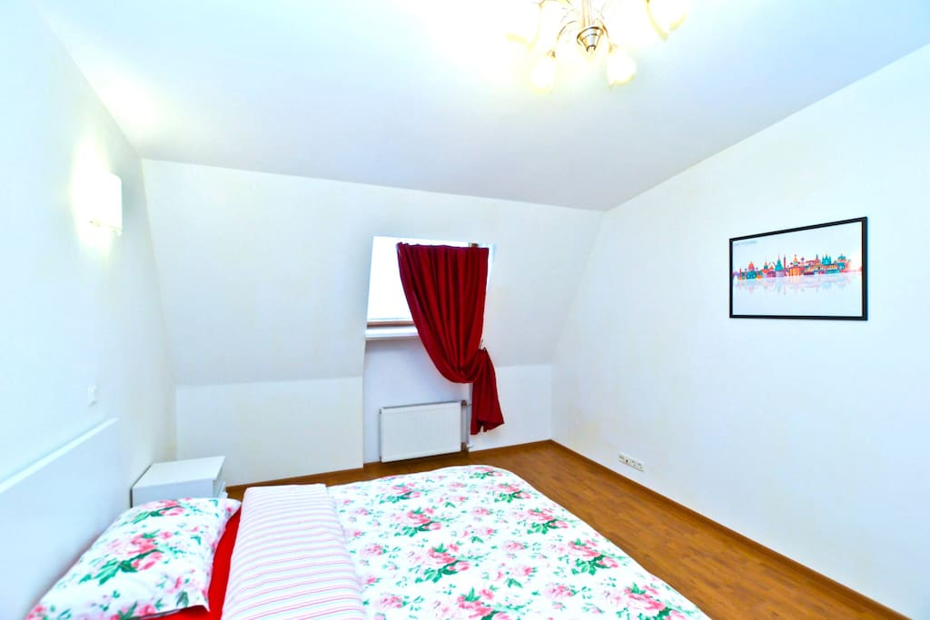First bedroom - Первая спальня