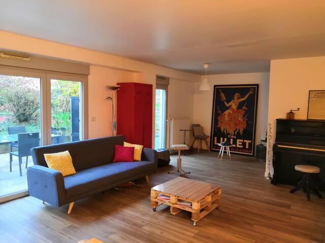 Appartement terrasse  95 m2 cœur de lyon 4 pers