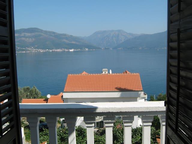 Krasici Sea view apartment