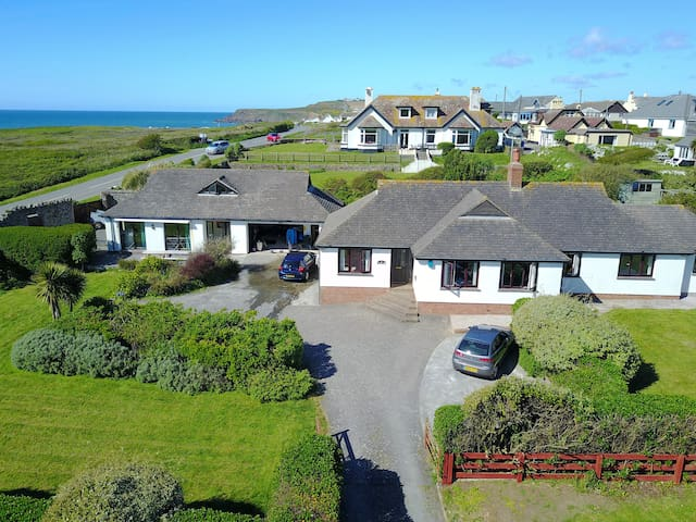 Large property next to a great surfing beach - Widemouth Bay - Egyéb