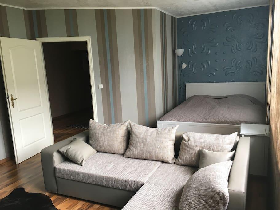 gem tliche ferienwohnung in hattingen welper wohnungen zur miete in hattingen nordrhein. Black Bedroom Furniture Sets. Home Design Ideas