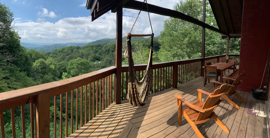 Peaceful Cabin | Great Views | Hot Tub | 8 Acres