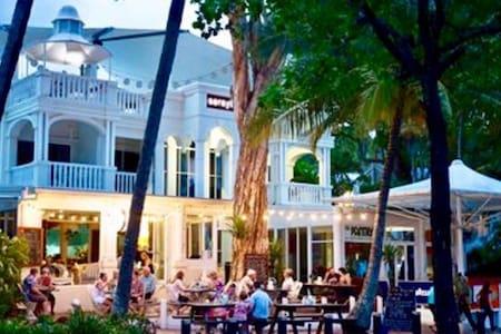 Private Beachfront accommodation in Palm Cove...