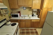 Spotless, classic kitchen with old-fashioned electric stove