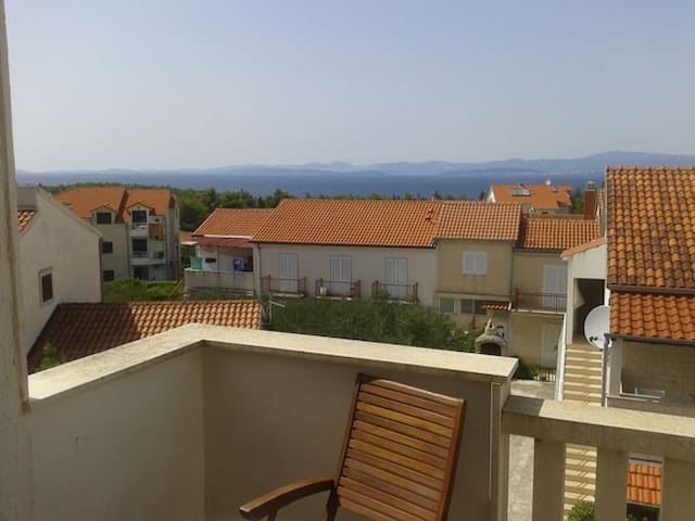Comfortable apartment on island of Brač - Supetar - Wohnung