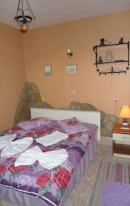 single private room inc wc, shower. - Selçuk - Guesthouse - 2