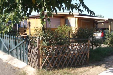 Bungalow à 2 pas de la plage - Castellare-Di-Casinca