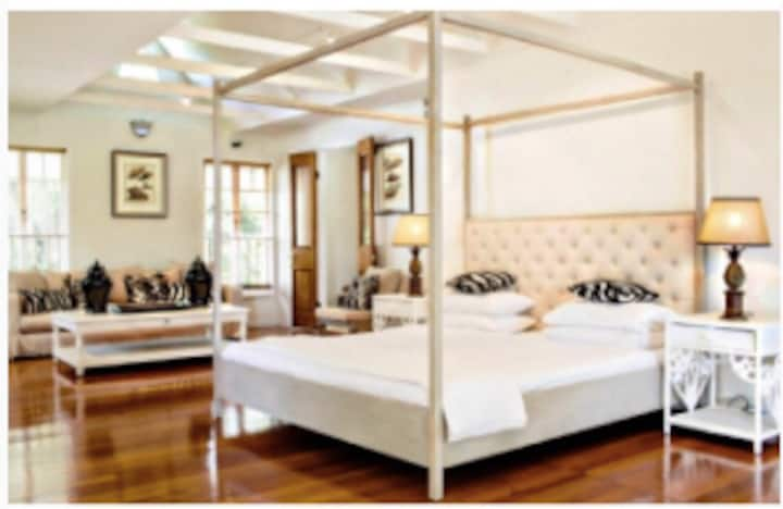 Couples Guesthouse double listing