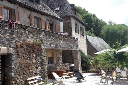 LE BOS - Bassignac-le-Bas - Casa