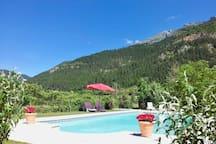 Domaine La Pique - cozy house with pool