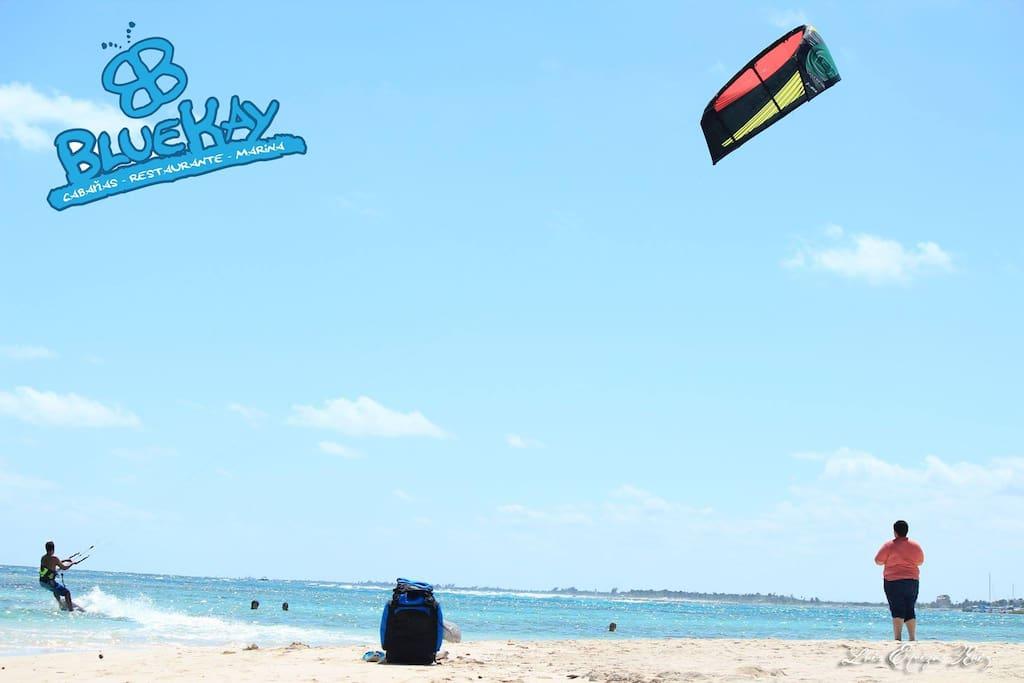 Lugar execlente para practicar o aprender Kite Surging
