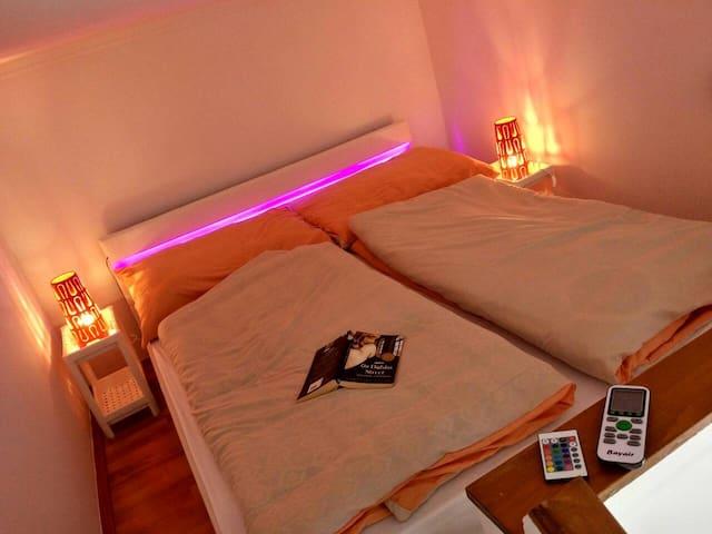 NEW! Downtown flat in Kazinczy street w/ AC & WiFi