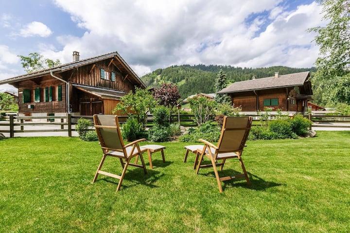 Exclusive Apartment near Promenade Gstaad Center
