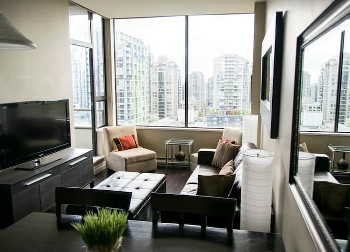 Parking, Pets, 1 Bedroom with Views