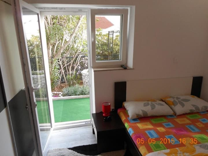 Room 1,5 km from Old Town