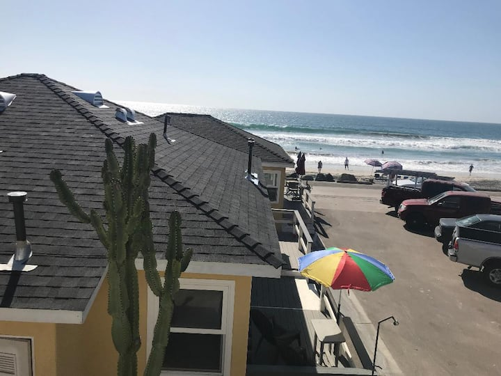 Oceanfront on the Strand, Watch the waves roll in!