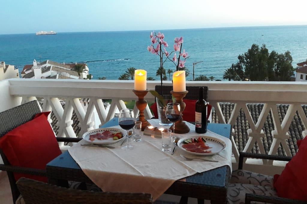 Terraza con vistas al mar - Terrace with sea views