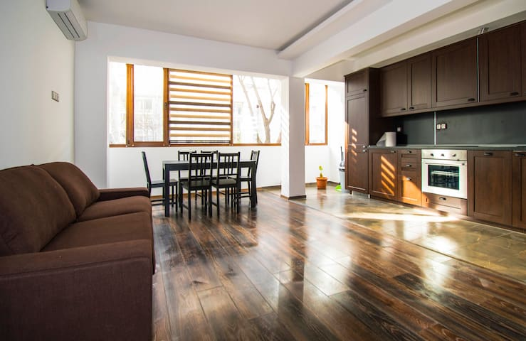 Travellino Serviced Apartments - Burgas Center