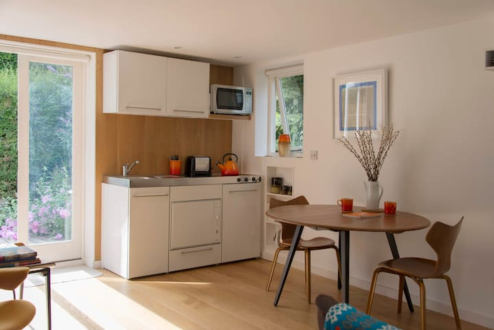 Contemporary Designed Studio Lyme Regis - Lyme Regis - House