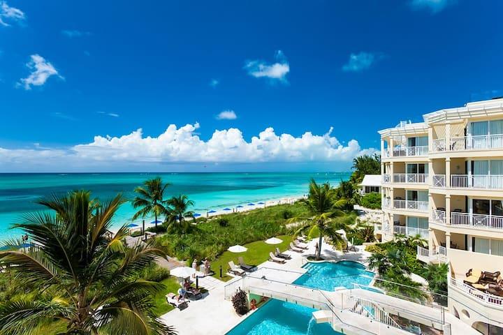 Windsong Resort - Four Bedroom Penthouse Oceanfront