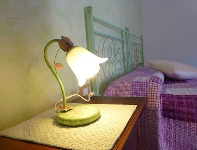 "B&B""Su frascu segau"" room Tuerredda - ตัวลาดา - ที่พักพร้อมอาหารเช้า"