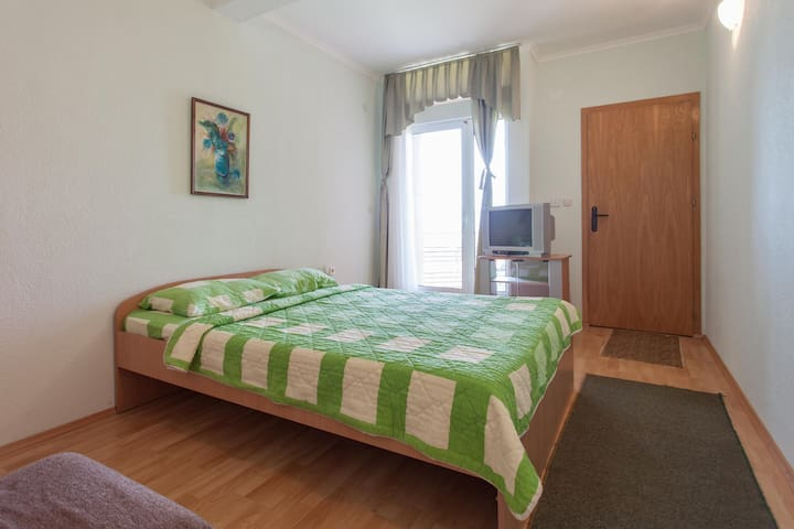 Villa Majda - twin bed room for 2 - Peshtani - Hus