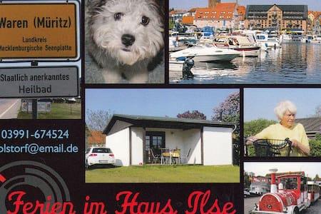 "Haus ""Ilse"" mit großzügigem Grundstück - Waren (Müritz)"