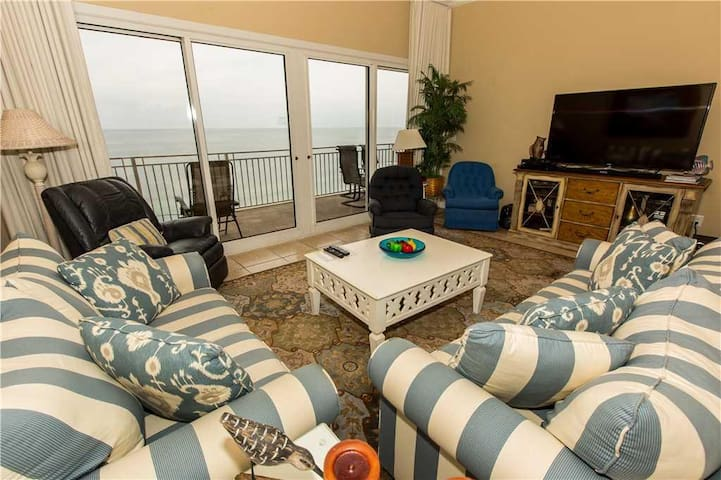 Sterling Beach 1005 Magnificent 3 Bedroom Condo With Ocean View - Lower Grand Lagoon - Selveierleilighet