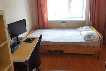 2-bedroom apartment near Eeden shopping centre