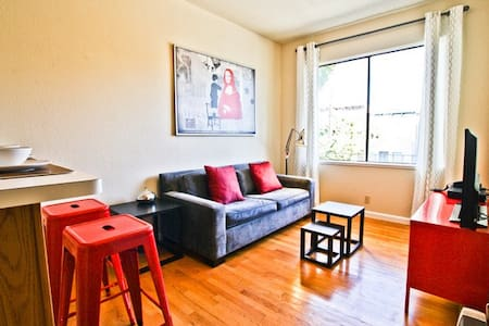Noe Valley Mission 1BR Apartment