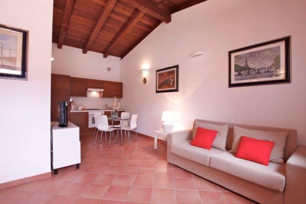 Case mari appartamenti in affitto a roma lazio italia for Appartamenti in affitto arredati a roma