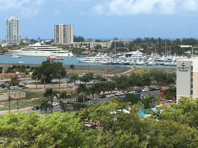 $49COZY APT SAN JUAN-CONVENTION CENTRE-FREE PARK!!