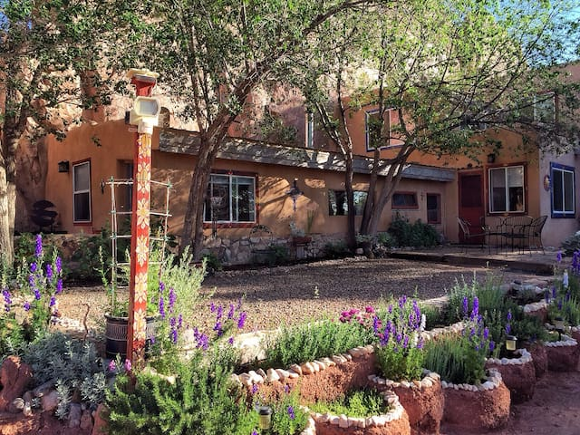 The COOP: Garden of the Goddess Retreat Center. - Santa Fe