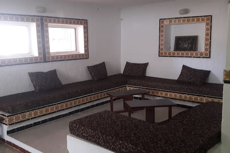A large studio, 2 minutes walkig from the beach - Korba - Talo