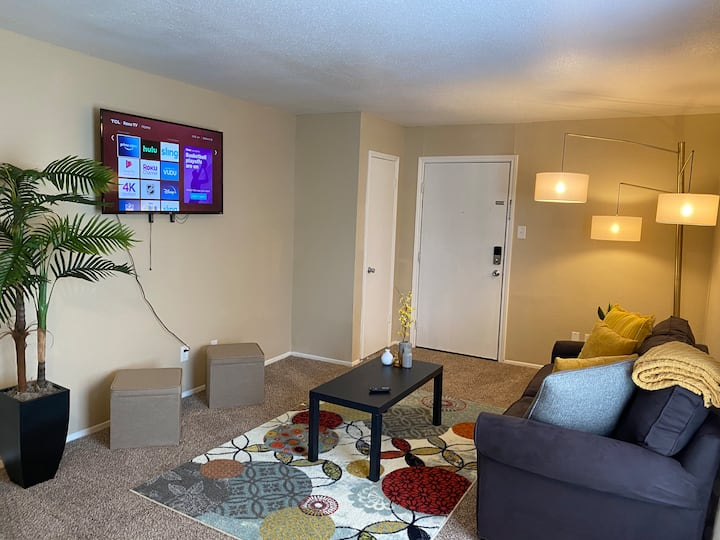 HUMBLE SUITE NEAR IAH