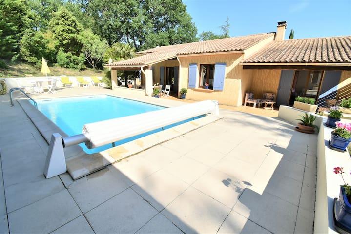 Villa Sotéria au calme et campagne avec piscine