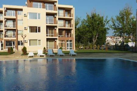 Sunny Beach 1-bedroom apartment - Sunny Beach - Lakás