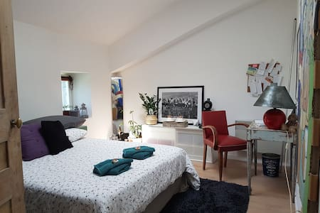 Cozy room between St-Remy-de-Provence and Avignon