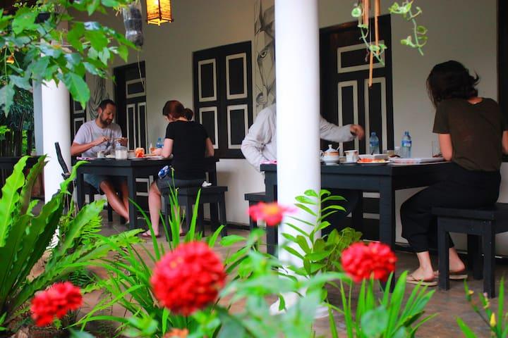 The Courtyard Villa Sigiriya  Double room 2