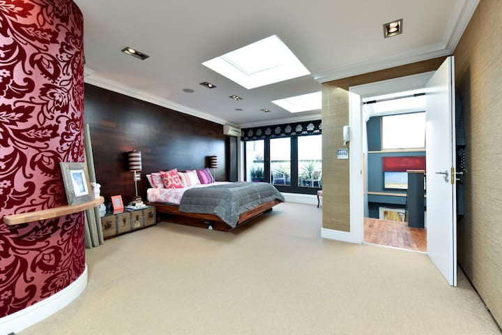 *Chic* apartment in Putney, London*
