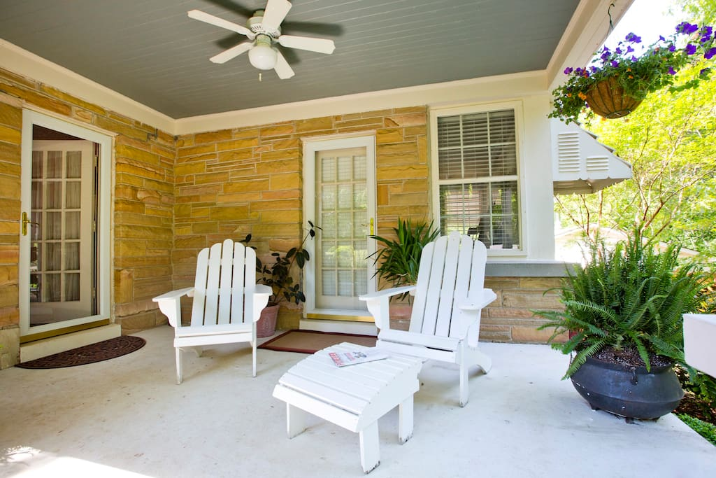 Your entry way. Park in the driveway by this porch and come on in!