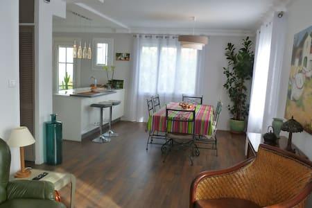 Appartement lumineux avec jardin à Perpignan-66