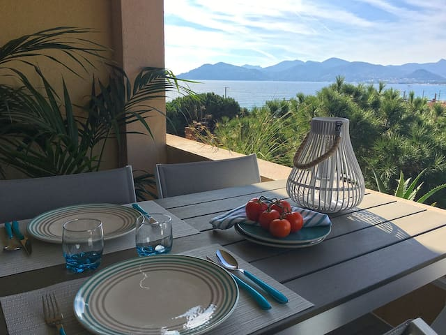 Cannes rental with sea view, pool, parking - Cannes - Departamento