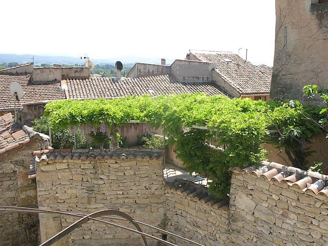 Village house with large terrace - Caromb - Talo